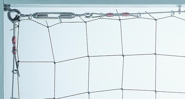 Netz Spannen vogelabwehr durch netze